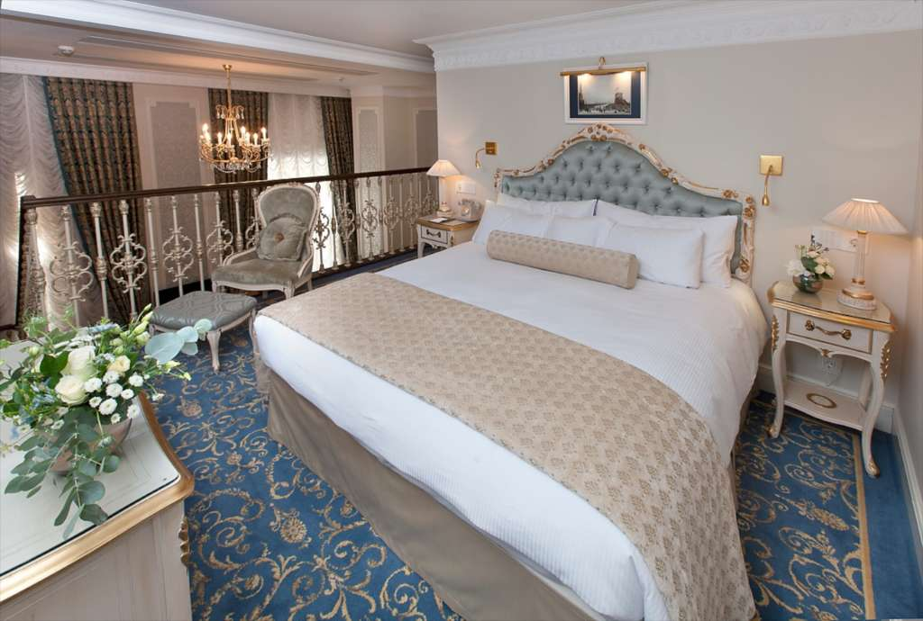 21.-The-State-Hermitage-Official-Hotel-Hermitage-Suite