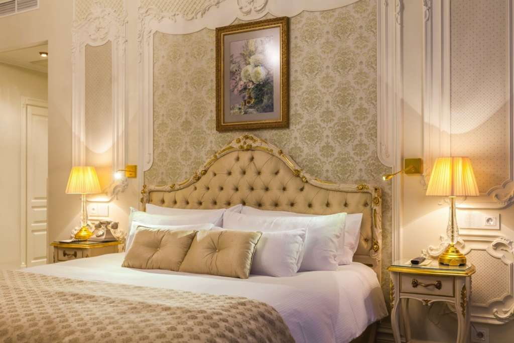31.-The-State-Hermitage-Official-Hotel-Imperial-Junior-Suite1