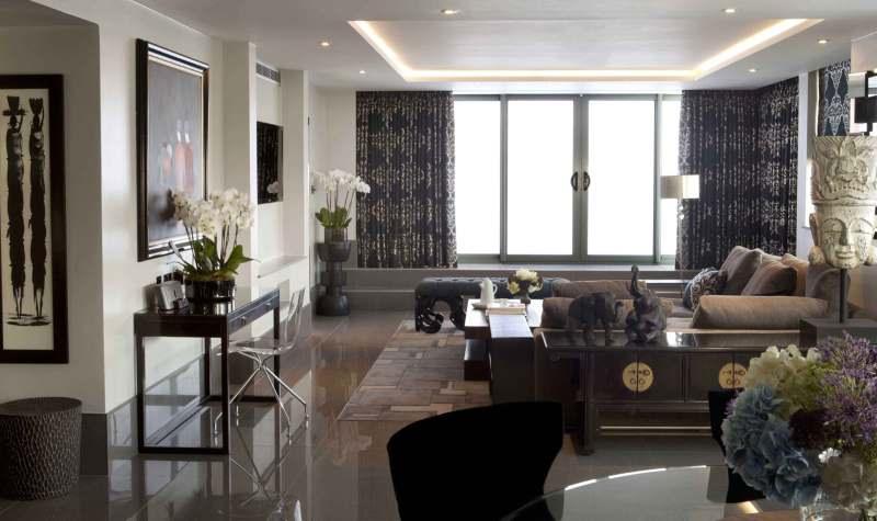 ebony_lounge