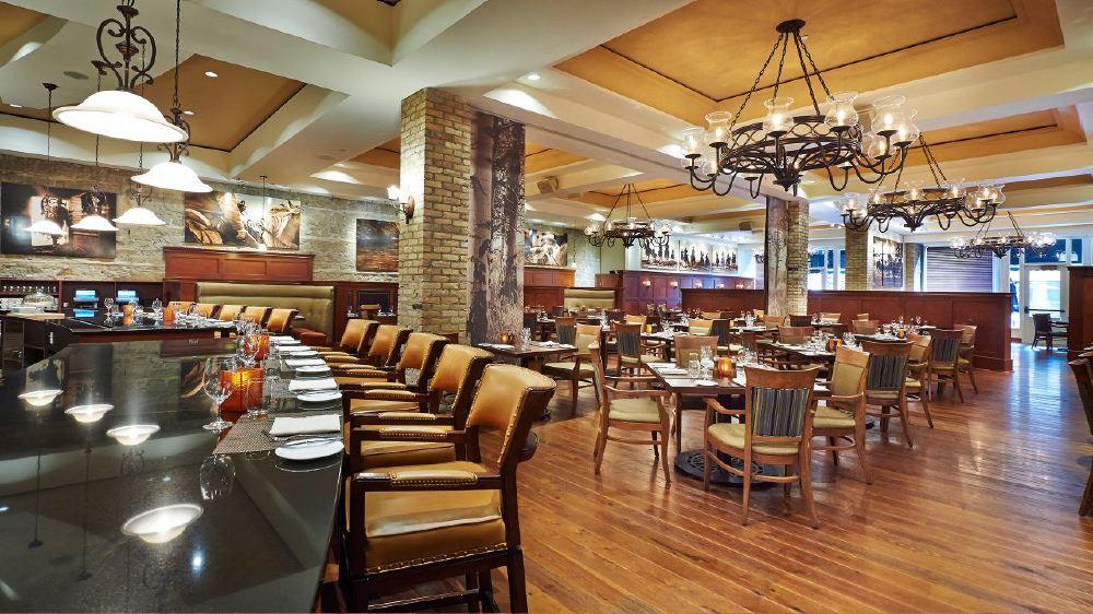 Hyatt-Regency-Calgary-P224-Thomsons-Restaurant.adapt.16x9.1280.720