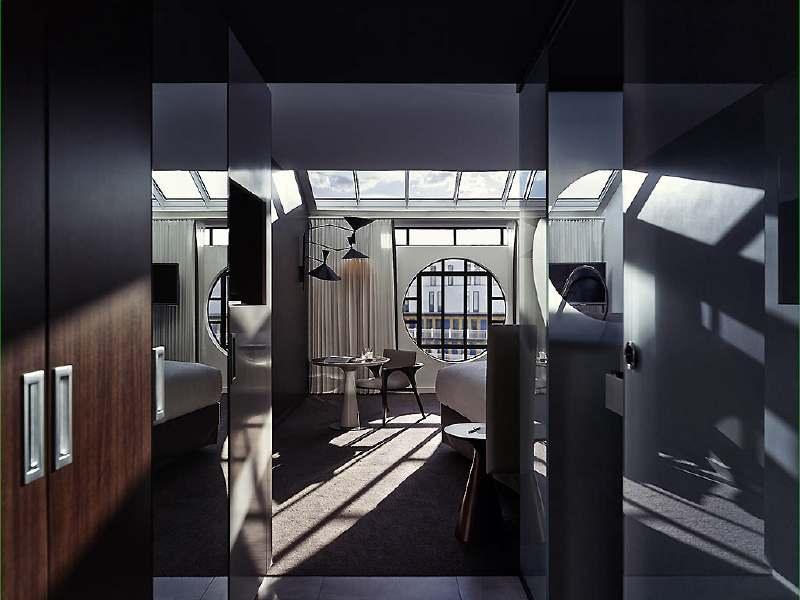 molitor-room-2