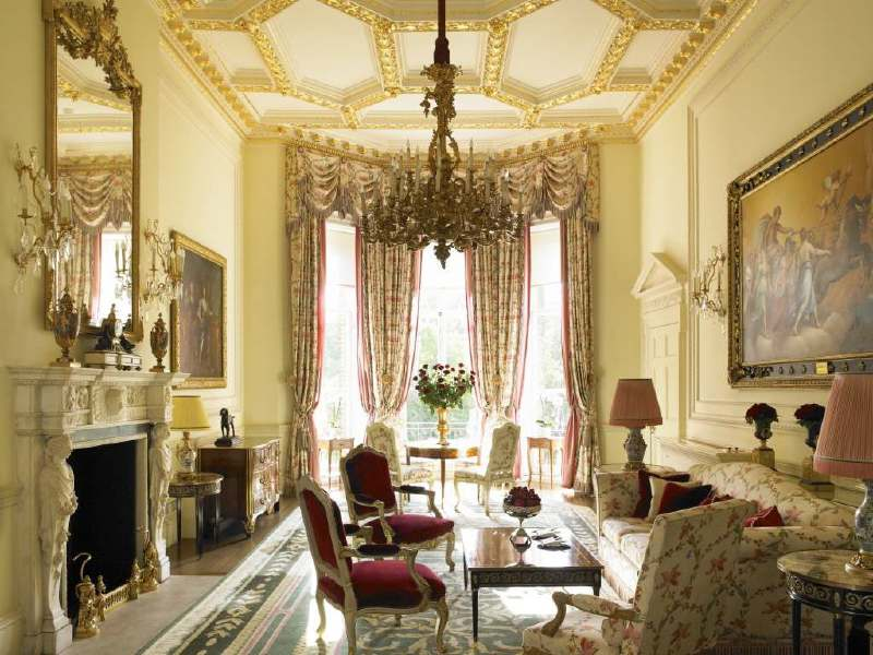 gallery-royal-suite-2