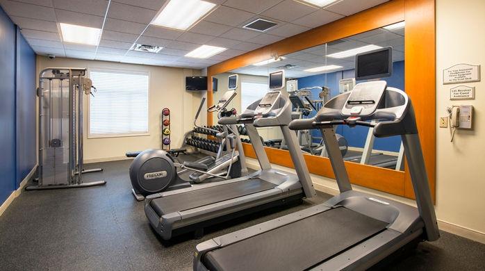 hilton garden inn fitnesscenter_15_698x390_fittoboxsmalldimension_center
