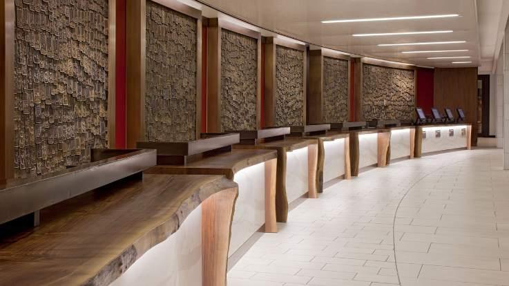 hyatt-regency-front-desk