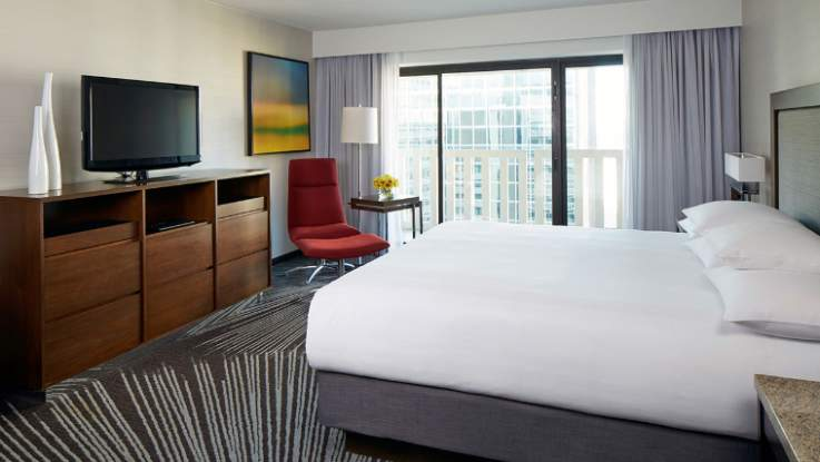 hyatt-regency-room2