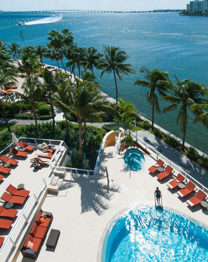 miami-pool-beach-boat