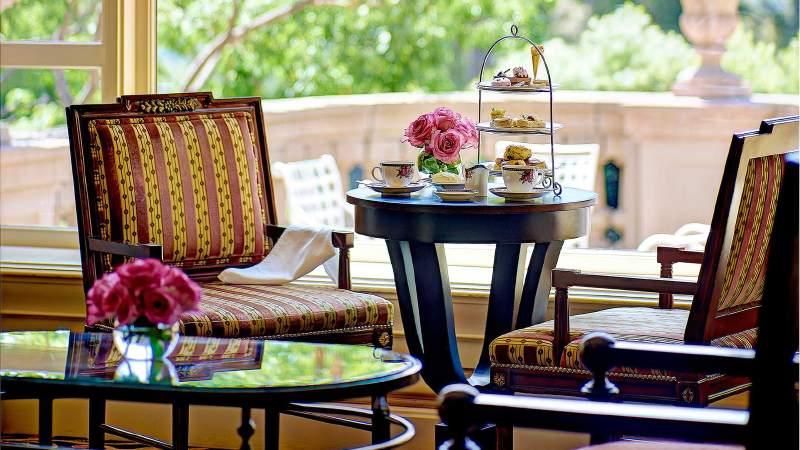 tllax-dining-tea-set-up-lobby-lounge-2014-1680-945