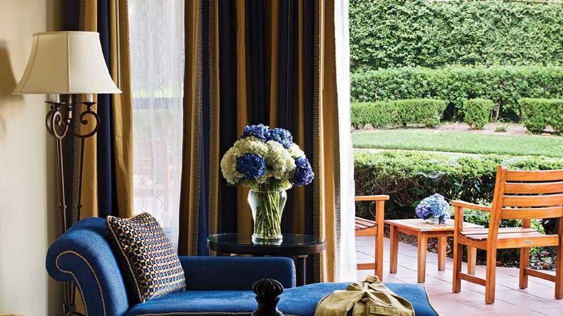 tllax-rooms-delux-patio-1680-945