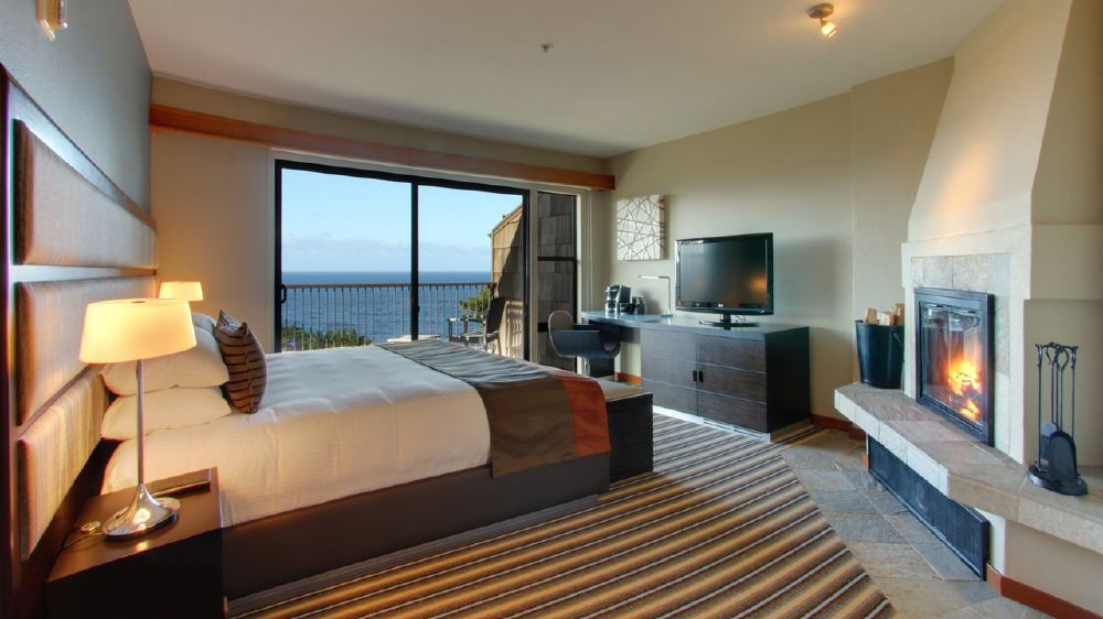 Hyatt-Carmel-Highlands_KingGuestroom_41