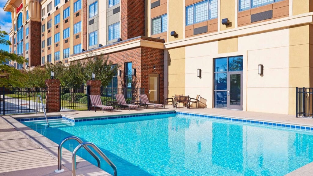 sheraton augusta hotel outdoor pool