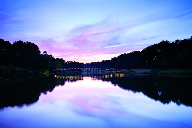 ritz carlton reynolds plantation lake sunset