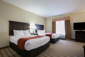 Comfort Suites room
