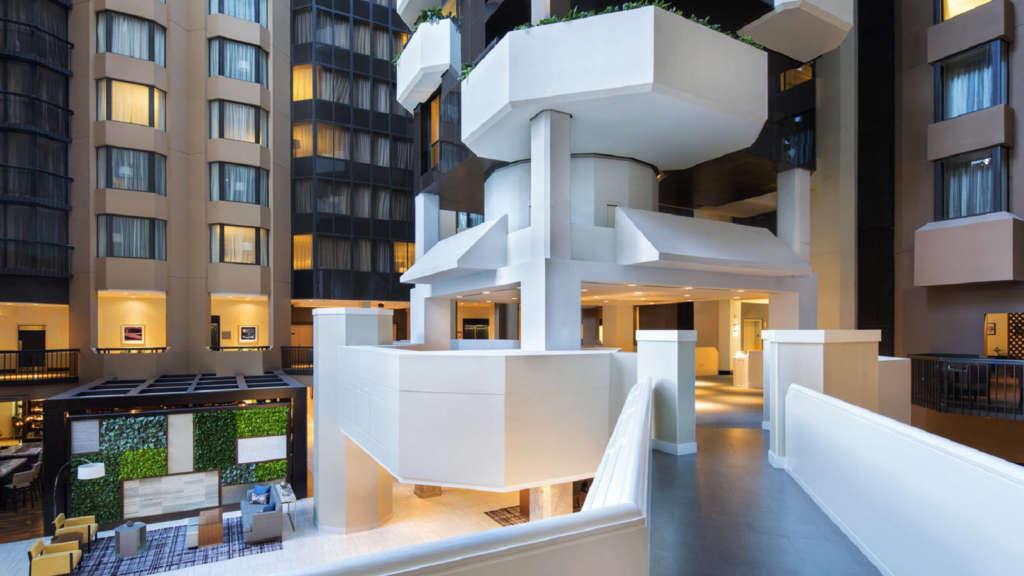 WI-DC---Atrium-Lobby