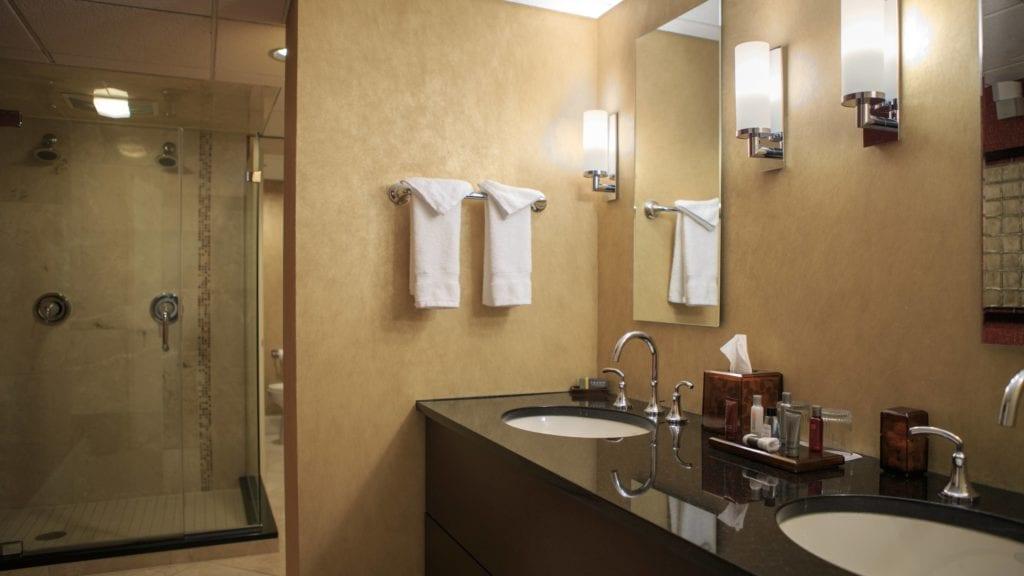 clesc-bathroom-0073-hor-wide