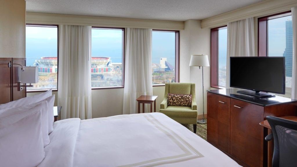 clesc-guestroom-0059-hor-wide