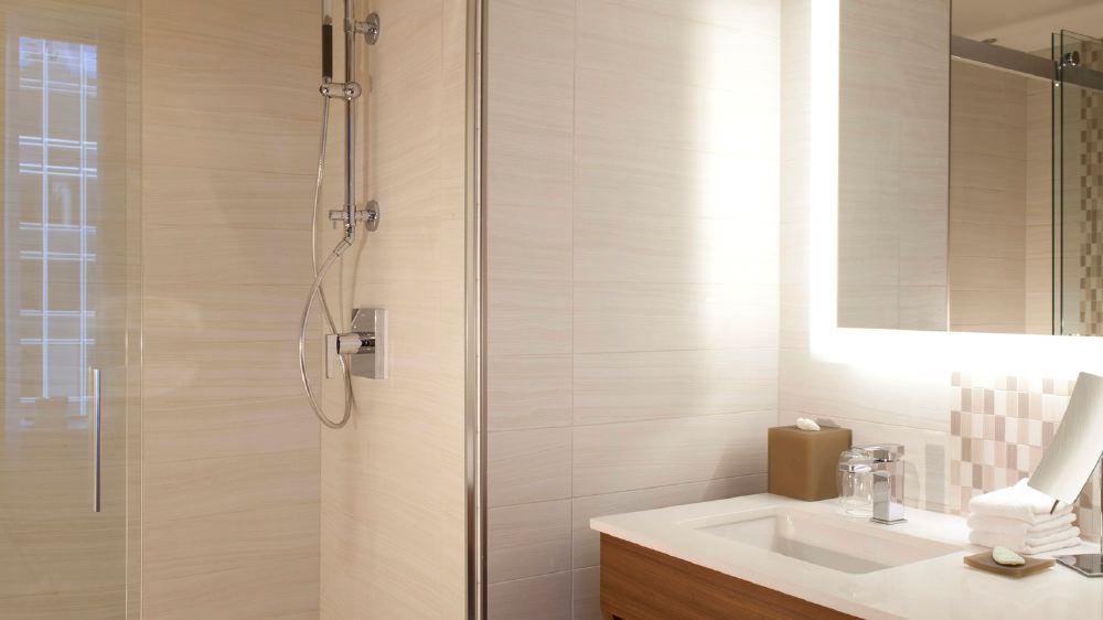 daldw-traditional-bath-7892-hor-wide