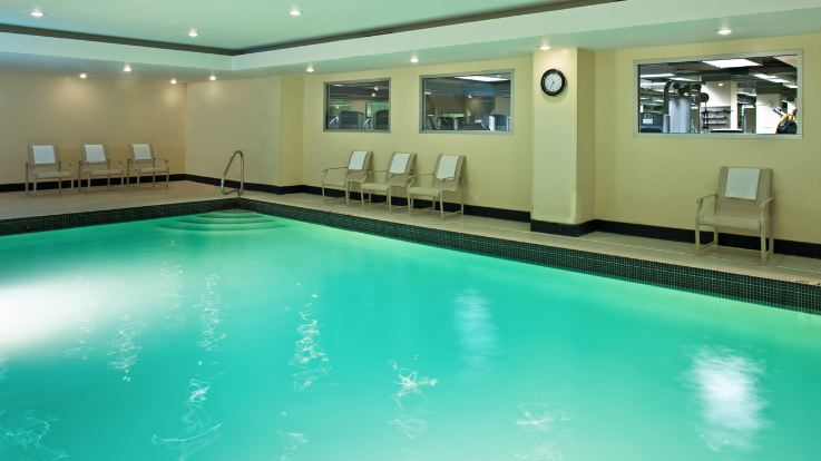 grand-hyatt-pool