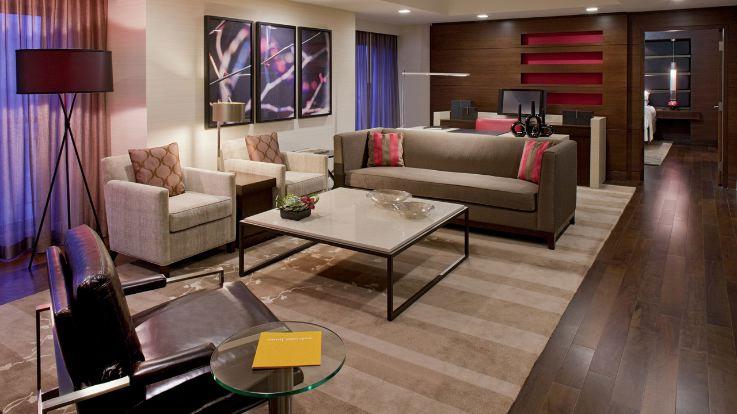 grand-hyatt-room-lounge