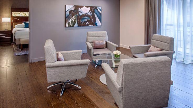grand-hyatt-suite2