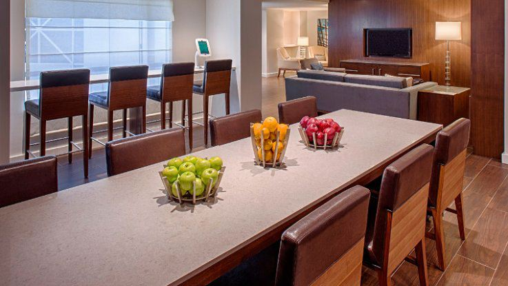 grand-hyatt-table