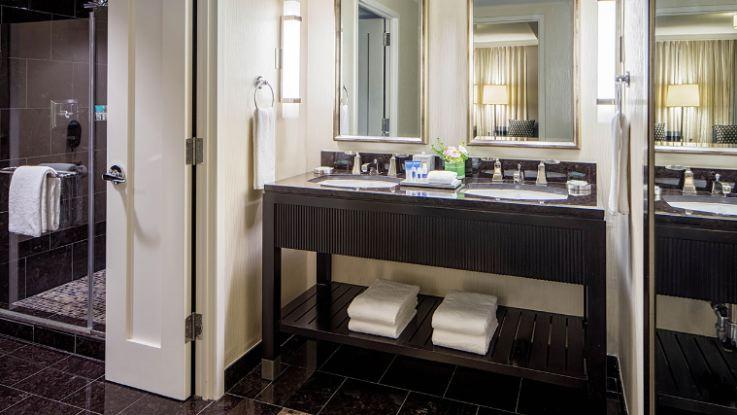 hyatt-regency-capitolhill-bath