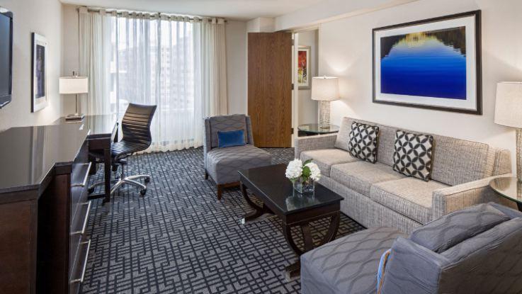 hyatt-regency-capitolhill-room