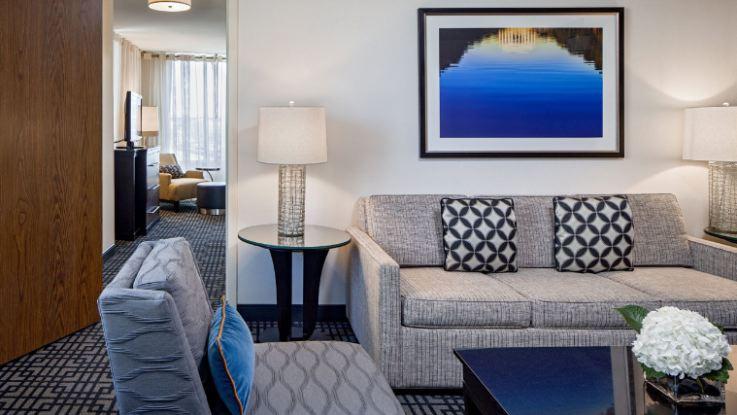 hyatt-regency-capitolhill-room2