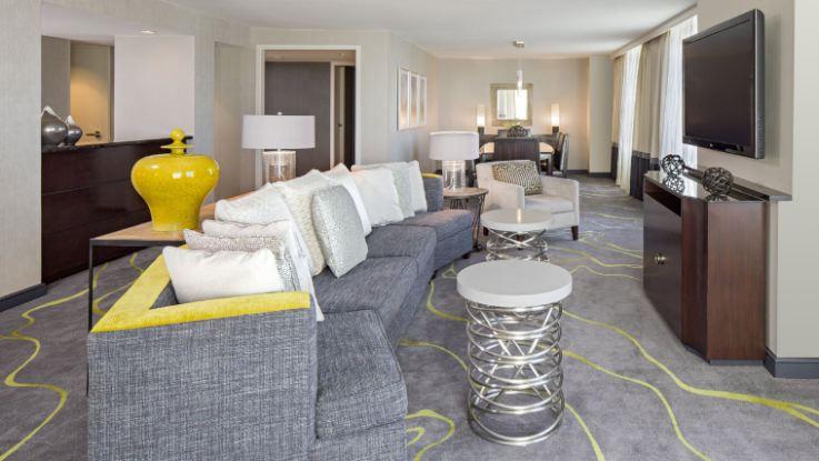 hyatt-regency-capitolhill-suite2