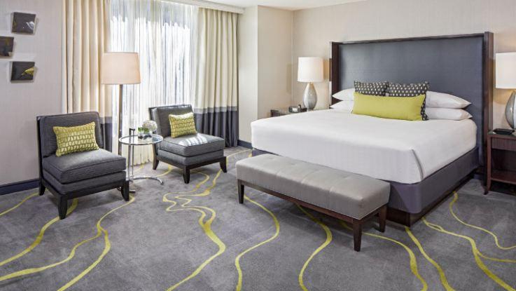 hyatt-regency-capitolhill-suite4