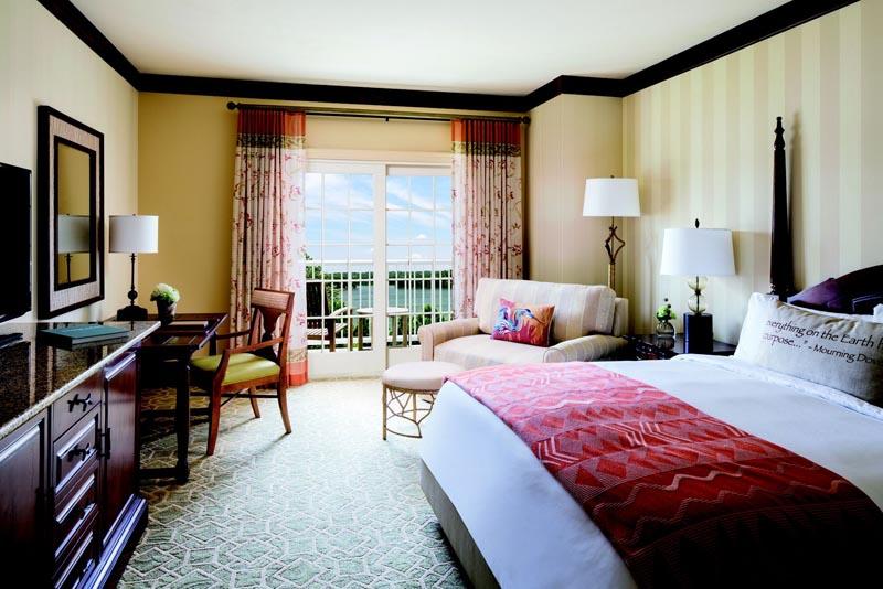 ritz carlton reynolds plantation bedroom