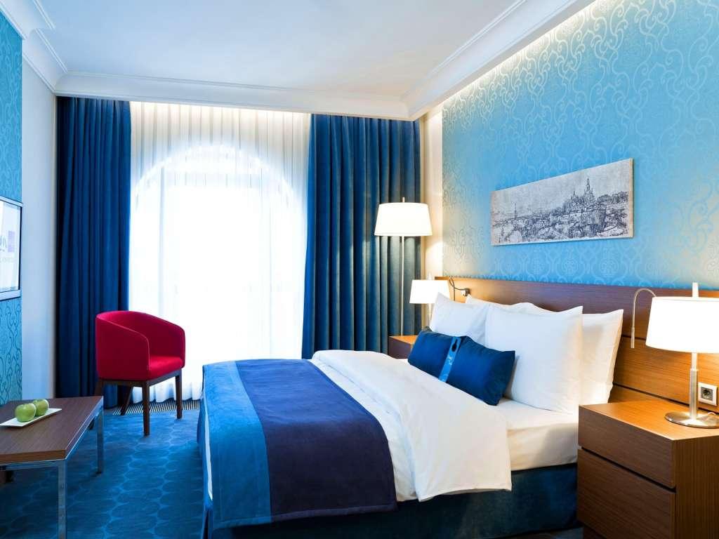 room-7-1280x960