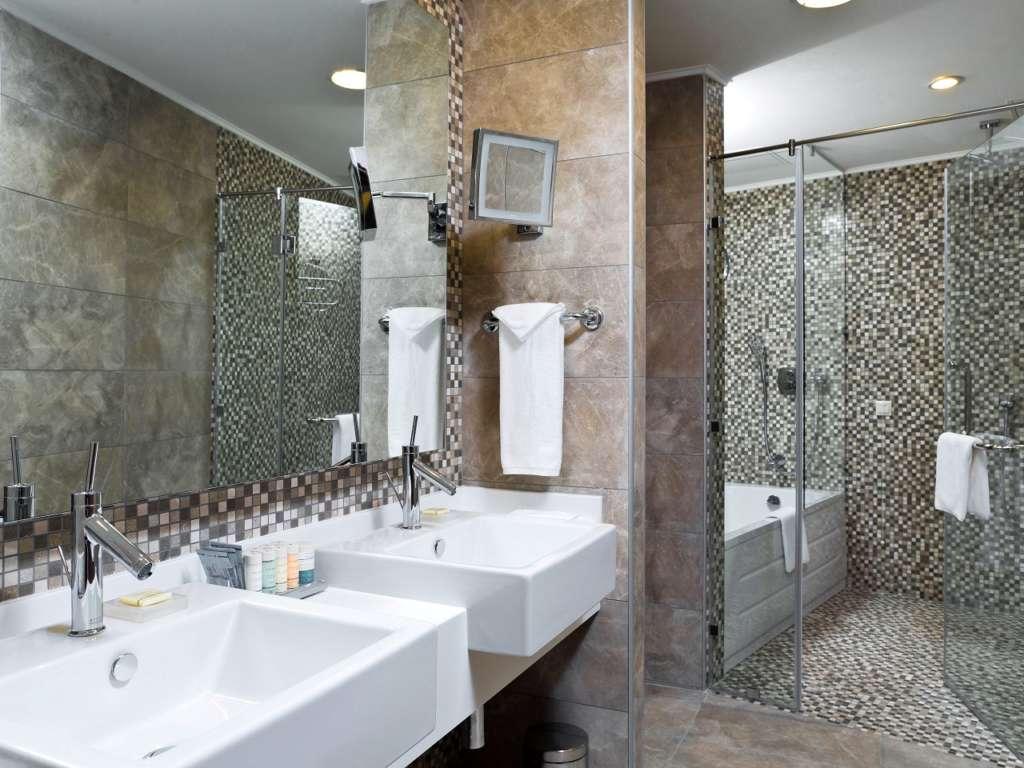 rooms-2-1280x960