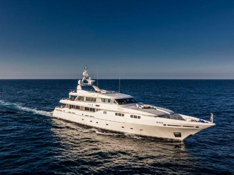 yacht-7