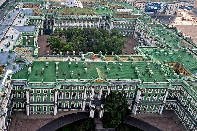 birds-eye-view-of-the-winter-palace-in-st-petersburg