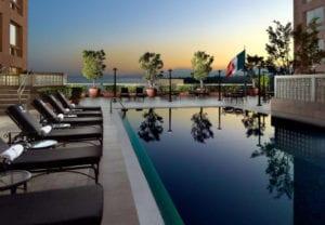 jw hotel swimming pool