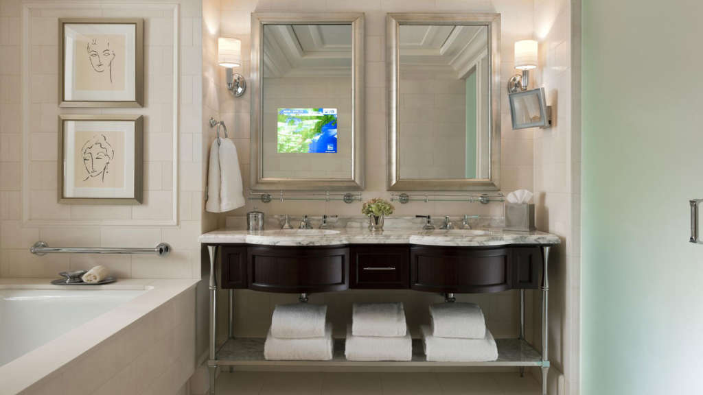 Superior-King-Guest-Room-Bathroom