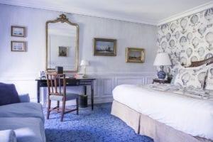 Domaine Les Crayeres bedroom