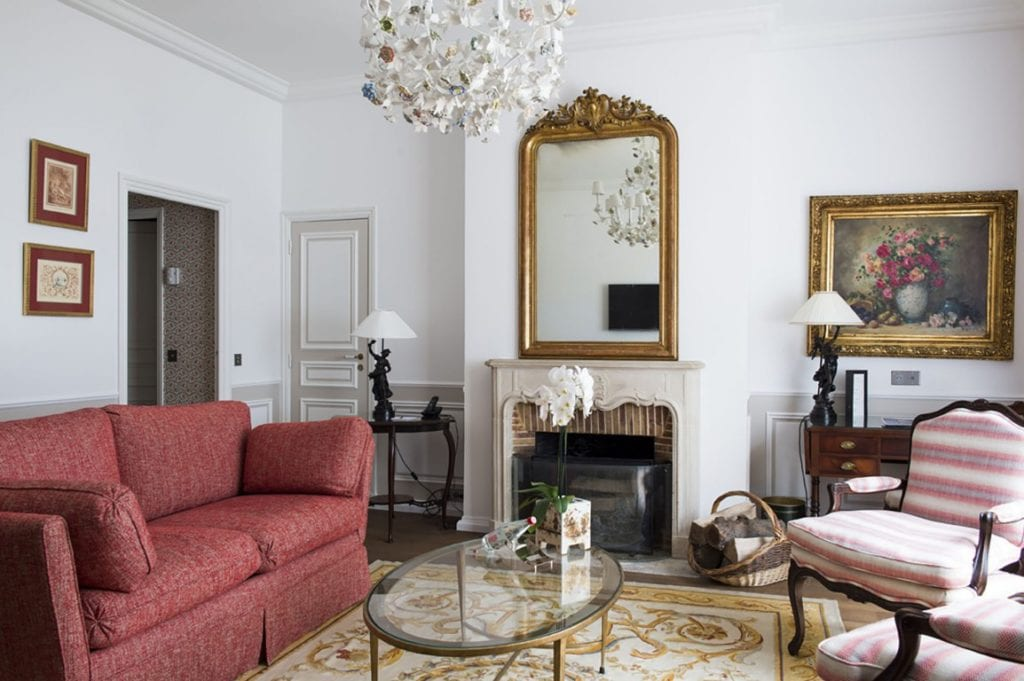 Domaine Les Crayeres living room