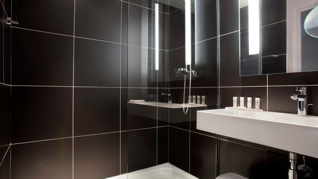 parmd-bathroom-4495-hor-wide