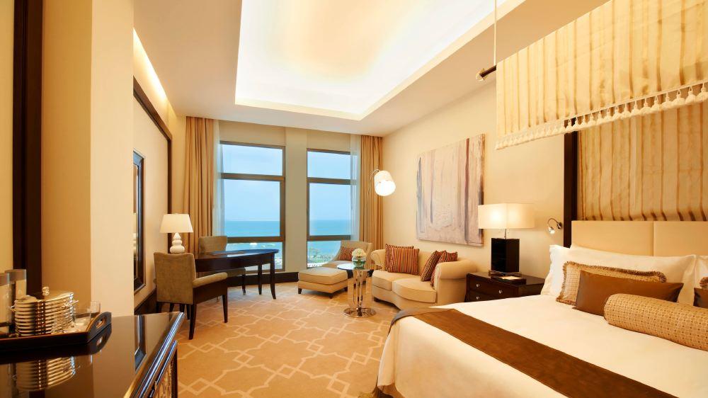 St-Regis-Doha-room-2