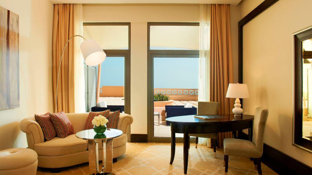 St-Regis-Doha-room4