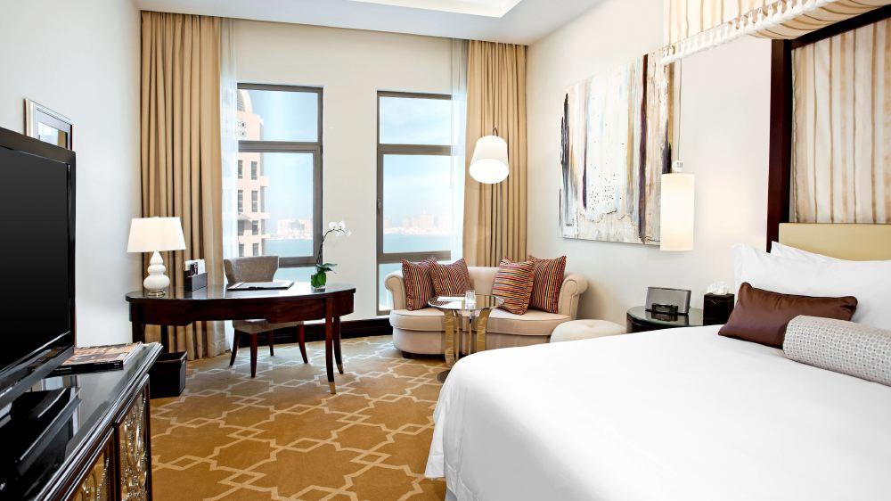 St-Regis-Doha-room5