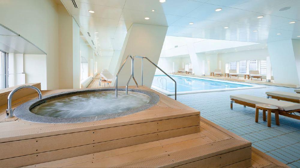 Hyatt-Regency-Tokyo-Pool-Jacuzzi