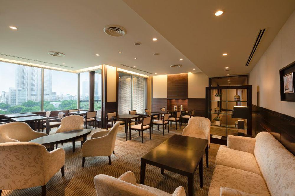 Hyatt-Regency-Tokyo-Regency_Club_Lounge