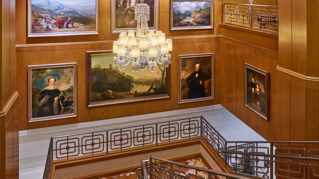 atllu-grand-staircase-5524-hor-wide